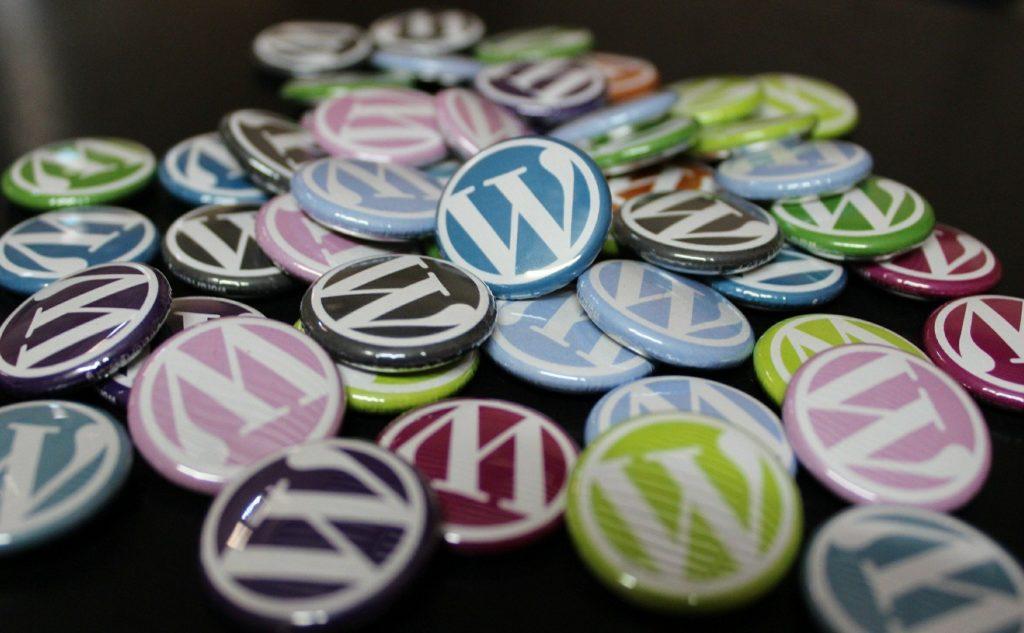 WordPressの自作テーマを少しだけカスタマイズしました。